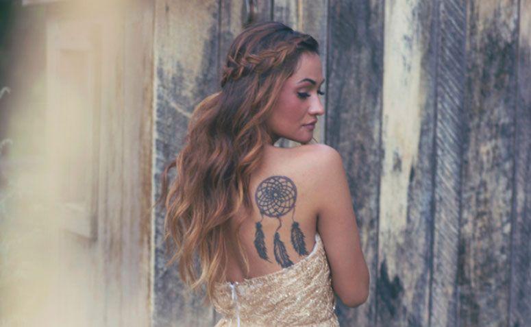 "Foto: Reprodução / <a href=""http://alixannlooslephotography.blogspot.com.br/2013/10/utah-bride-blog-shoot.html"" target=""_blank"">Alixann Loosle</a>"