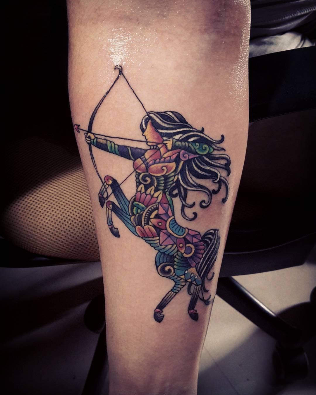 """Foto: Reprodução / <a href=""""https://www.instagram.com/p/_wBYF7ps8V/"""" target=""""_blank"""">Joseph Tattoo</a>"""