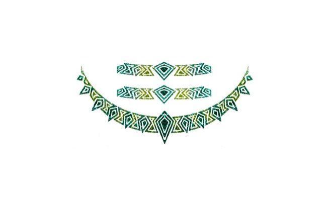 """Tatuagem metálica por R$7 na <a href=""""http://www.tatuagemmania.com.br/produtos/1744,Tatuagem_Brilhante_005_-_Colorida#.VA726_ldX-s"""" target=""""_blank"""">Tatuagem Mania</a>"""
