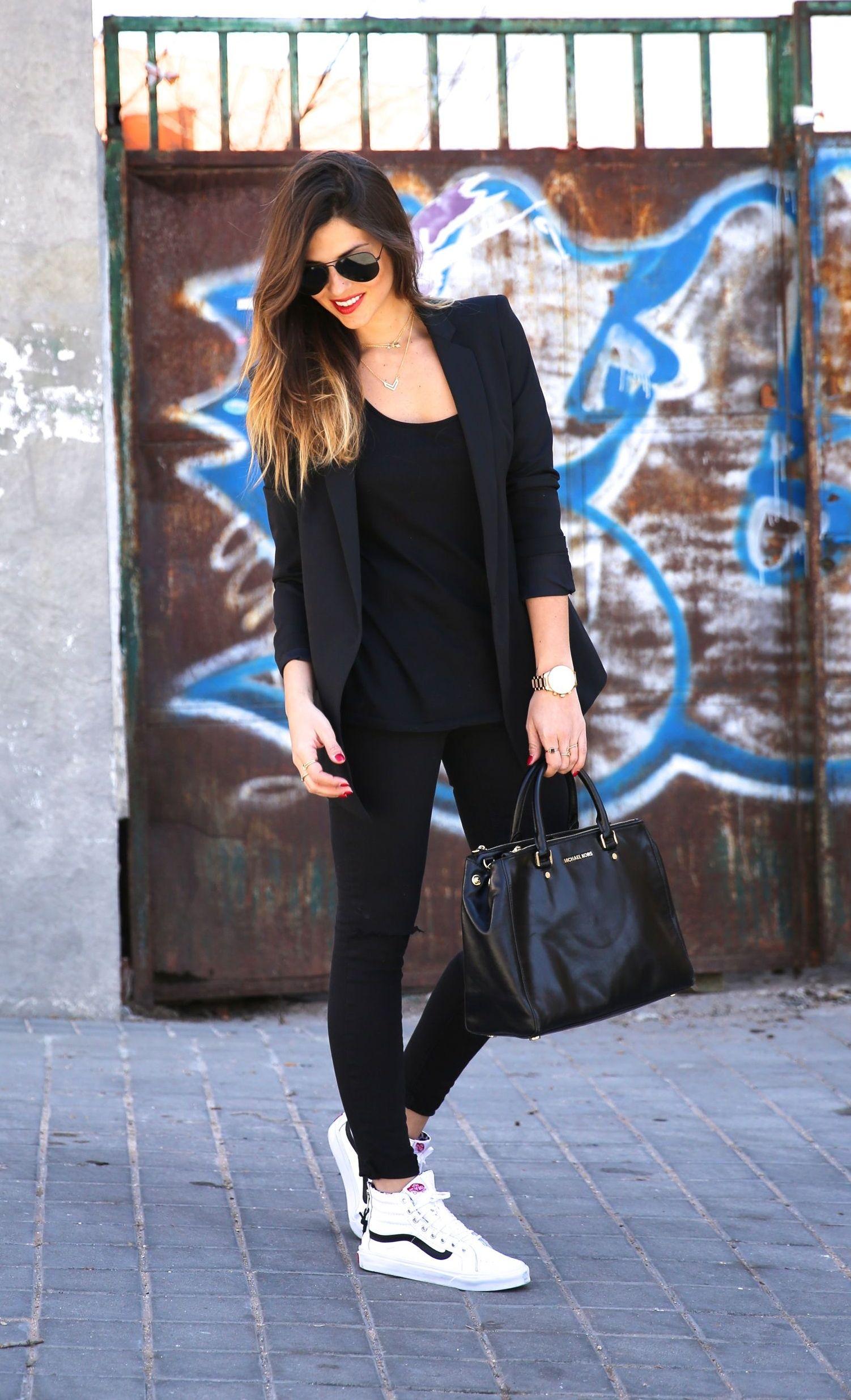 """Foto: Reprodução / <a href=""""http://www.trendytaste.com/all-black-outfit/"""" target=""""_blank"""">Trendy-Taste</a>"""