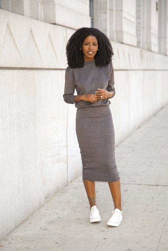 "Foto: Reprodução / <a href=""http://stylepantry.com/2014/02/19/sweatshirt-midi-dress/"" target=""_blank"">Style Pantry</a>"