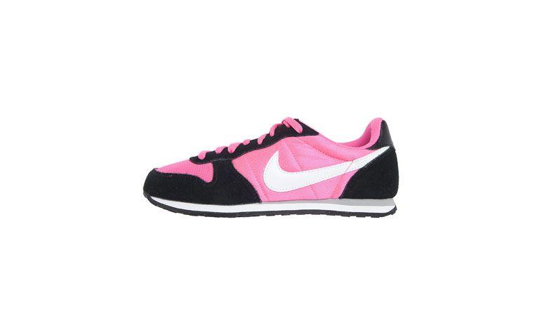 "Tênis Nike por R$209,99 na <a href=""http://ad.zanox.com/ppc/?29469393C19188976&ULP=[[http://www.dafiti.com.br/Tenis-Nike-Wmns-Genicco-Rosa-1641856.html?utm_source=zanox&utm_medium=deeplink&utm_campaign=Ecolchao_Campanha_30_e_31102013_Pronta_Entrega_Frete_Gratis&prc=9898]]"" target=""blank_"">Dafiti</a>"