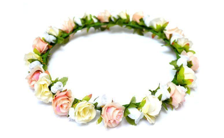 "Coroa Rosa e Branca por R$64,00 no <a href=""http://www.elo7.com.br/coroa-de-flores-angel/dp/440B9F"" target=""_blank"">Elo 7</a>"