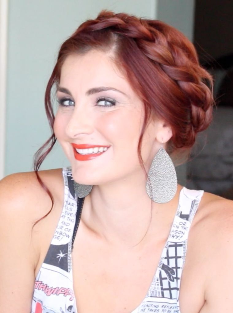 """Foto: Reprodução / <a href=""""http://www.manouvellemode.com/2015/08/24/3-hairstyles-to-do-with-extensions/"""">Ma Nouvelle Mode</a>"""