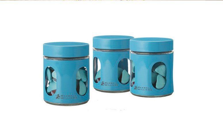 """Conjunto de 3 potes em vidro por R$ 78,00 na <a href=""""http://www.tarte.com.br/cozinha/potes-e-organizadores/conjunto-de-3-potes-em-vidro-cosmopolitan-azul/ """" target=""""_blank"""">Tarte</a>"""