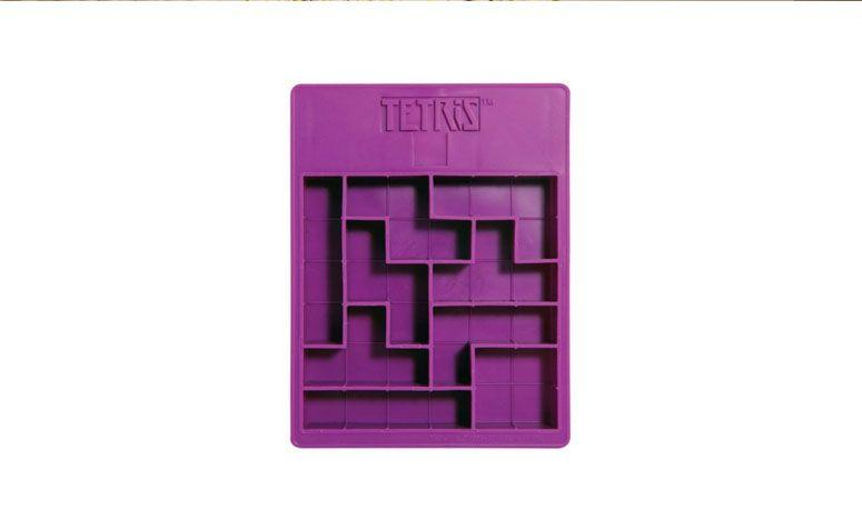 """Forma de gelo Tetris por R$ 48,00 na <a href=""""http://www.tarte.com.br/utensilios1/formas-para-gelo/forma-de-gelo-em-silicone-tetris/"""" target=""""_blank"""">Tarte </a>"""