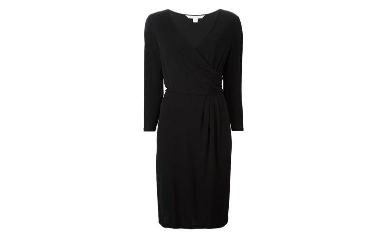 wrap dress noir par R 2,400.00 $ en Farfetch