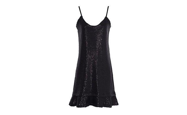 """Vestido de paetê Ateen por R$269,10 na <a href=""""http://www.oqvestir.com.br/vestido-alcinha-paete-30247.aspx/p"""" target=""""blank_"""">OQVestir</a>"""