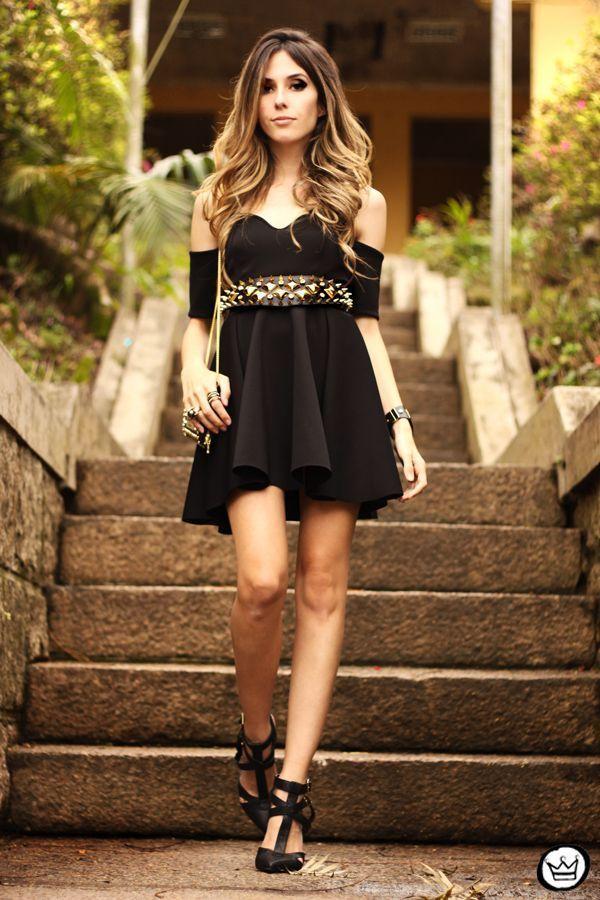"""Foto: Reprodução / <a href=""""http://fashioncoolture.com.br/2013/09/13/look-du-jour-little-black-dress/"""" target=""""_blank"""">Fashion Coolture</a>"""