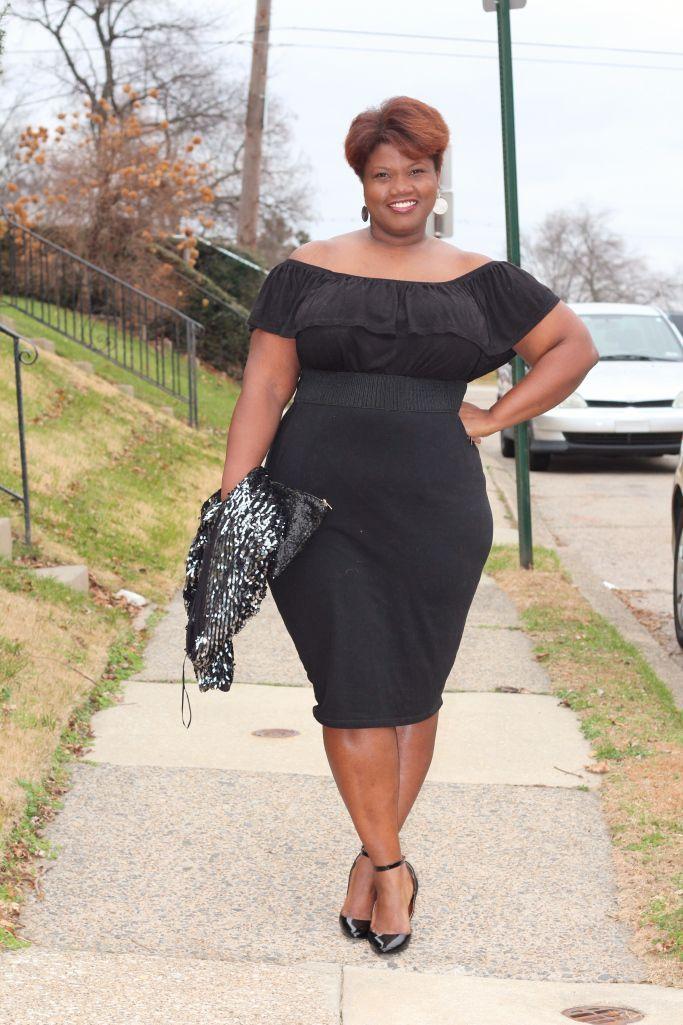 "Foto: Reprodução / <a href=""http://grownandcurvywoman.com/2014/12/15/30-plus-style-lbd-lookbook/"" target=""_blank"">Grown and curvy woman</a>"