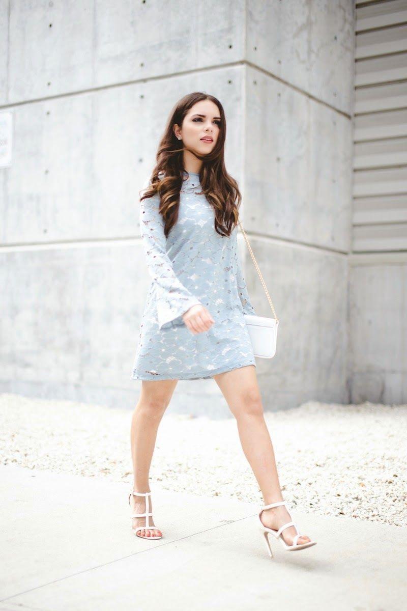"Foto: Reprodução / <a href=""http://www.nanysklozet.com/2015/04/the-pastel-blue-lace-dress.html"" target=""_blank"">Nany's Klozet</a>"