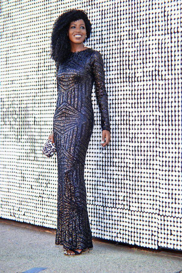 "Foto: Reprodução / <a href="" http://stylepantry.com/2014/10/06/black-long-sleeve-sequin-maxi-dress/ "" target=""_blank""> Stylepantry </a>"
