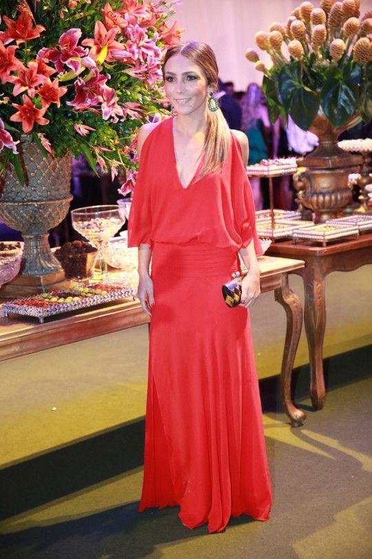 """Foto: Reprodução / <a href="""" http://www.lalanoleto.com.br/2014/look-do-dia-vestido-longo-baile-de-formatura/ """" target=""""_blank""""> Lala Noleto </a>"""
