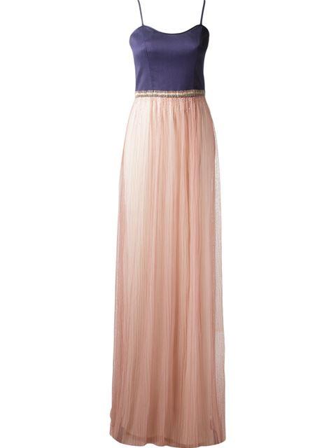 "Vestido Emanuelle Junqueira por R$3.698,50 na <a href=""http://ad.zanox.com/ppc/?29469493C40749417&ULP=[[http://www.farfetch.com/br/shopping/women/emannuelle-junqueira-vestido-longo-item-11010428.aspx?storeid=9078&ffref=lp_pic_3_2_?utm_source=zanox&utm_medium=link&utm_campaign=deeplink_generator]]"" rel=""nofollow"" target=""blank_"">Farfetch</a>"