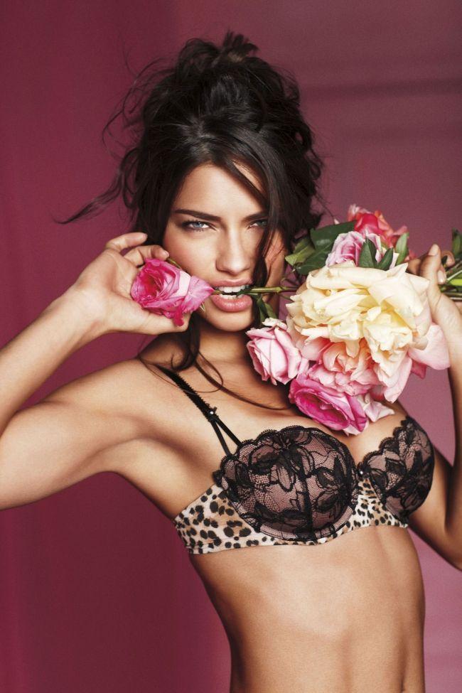 Adriana Lima. Foto: Divulgação / Victoria's Secret