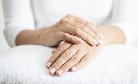 Como ter mãos macias: 9 dicas e sugestões de produtos