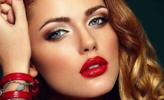 Como usar batom vermelho: o poder da maquiagem com lábios vermelhos
