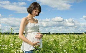 Mulheres pensam em ser mãe cada vez mais cedo
