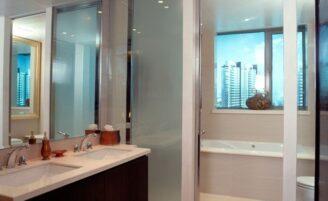 Como escolher espelho para o banheiro