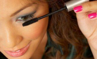 Elimine os erros que acabam com a maquiagem