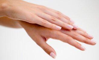 Como ter mãos bonitas e macias