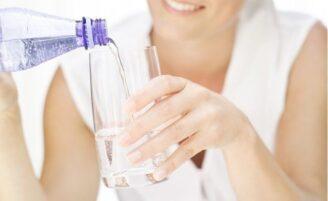 Água com gás faz mal?