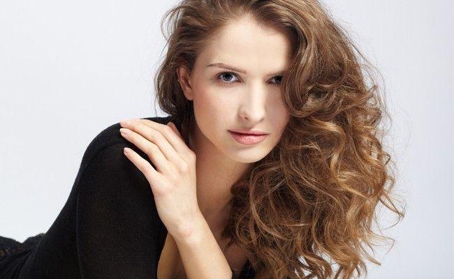 Que óleo de cabelo é eficaz em uma perda do cabelo