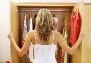 arrumar guarda roupa Como organizar o guarda roupa