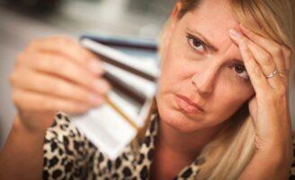 Dicas para se livrar das dívidas do cartão de crédito