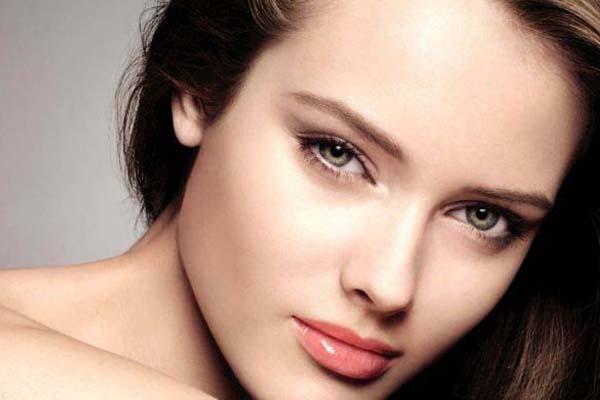 Wallpaper Face Women Cosplay Model Simple Background: Dicas De Mulher