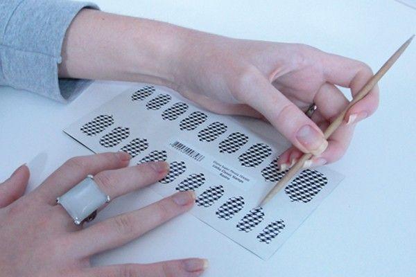 adesivos unhas3 Como aplicar adesivos para unhas