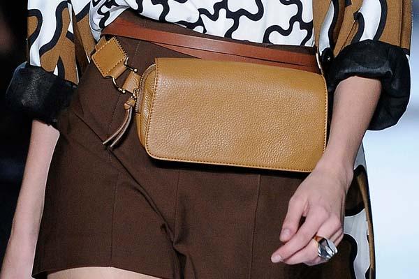 belt purse Belt purse: A volta da pochete