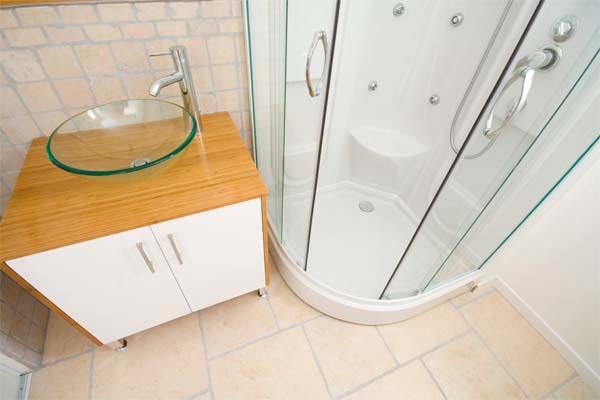 decoracao de banheiro retangular pequeno : decoracao de banheiro retangular pequeno:idosos na casa de preferencia para as prateleiras de plastico