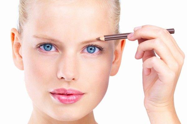 truques para engrossar sobrancelha com maquiagem Truques para engrossar a sobrancelha com maquiagem