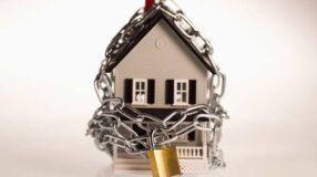 Dicas para manter a casa protegida quando for viajar