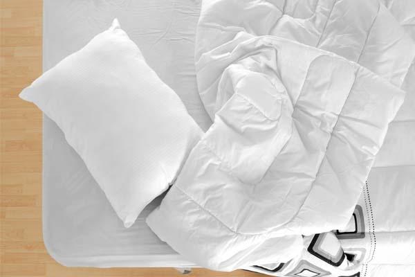 como dobrar lencol elastico Como dobrar lençol com elástico