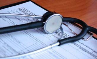 Hepatite C: causas, sintomas, prevenção e tratamento