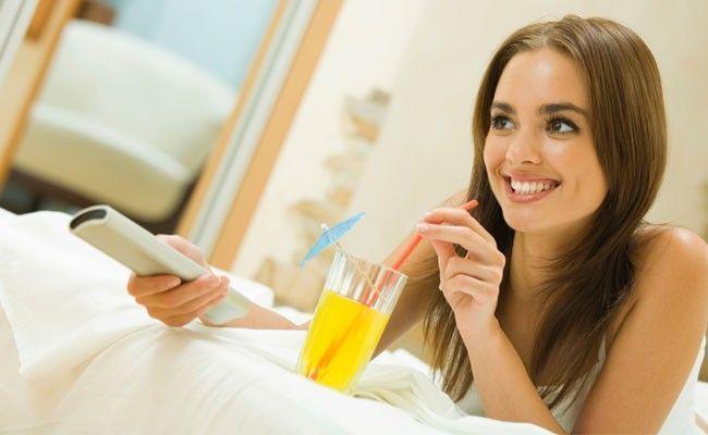 10 coisas para fazer sozinha em casa no sabado a noite 10 coisas para fazer sozinha em casa no sábado à noite