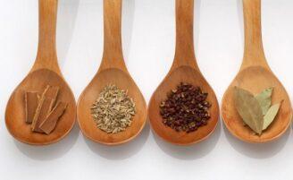 Especiarias saudáveis que você deve comer