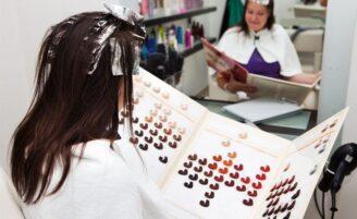 Entenda a numeração das tinturas de cabelo
