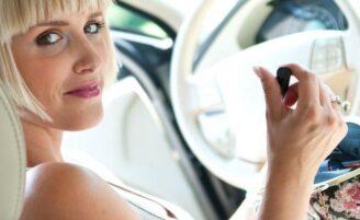 Kit feminino básico para deixar no carro