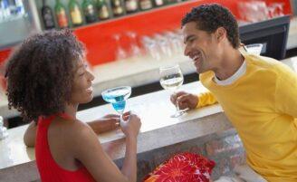 8 dicas para fazer um homem se interessar por você