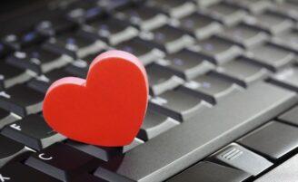 8 coisas que você não deve fazer em um site de relacionamentos