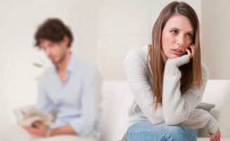 O que leva o relacionamento a esfriar com o tempo?