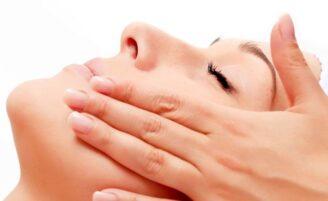 Peeling: qual é o ideal pra sua pele?