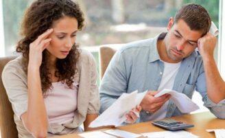 Como entrar nas dívidas em família
