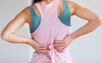 Como evitar lesões ao fazer faxina