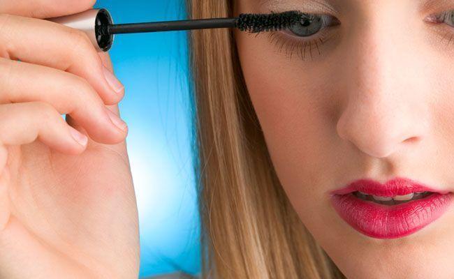 como fazer maquiagem bonita com5 itens Como fazer uma maquiagem bonita com apenas 5 itens