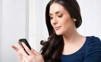 Conheça 5 aplicativos de beleza para o celular
