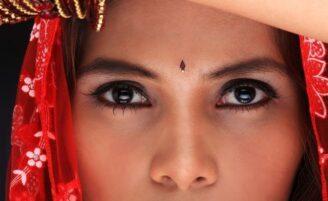 Conheça o kajal: uma alternativa ao lápis de olho